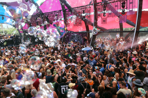 INDIO, CA – BUBBLEWORKS creates special effects over the stage and audience at the Coachella Valley Music & Arts Festival at the Empire Polo Club in Indio, California. (Photo: Business Wire)