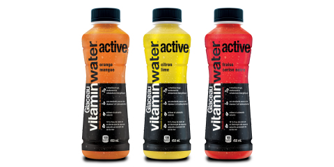 vitmainwater active saveurs: fraise cerise noire, orange mangue et citron lime (Photo: Business Wire)