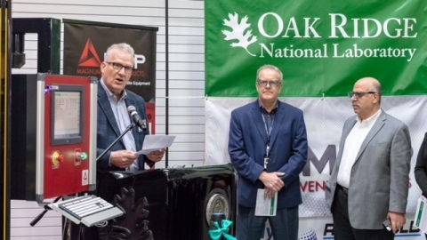 (L to R) Bob Vanderhoff, Craig Blue and Moe Khaleel at the installation of the world's first medium/large-scale 3D printer at ORNL. (Photo: Business Wire)