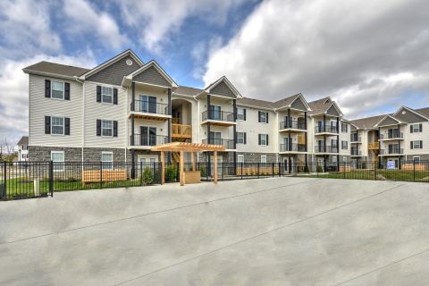 The Attleigh, a 184-unit garden-style apartment community in Columbus, Ohio (Photo: Business Wire)