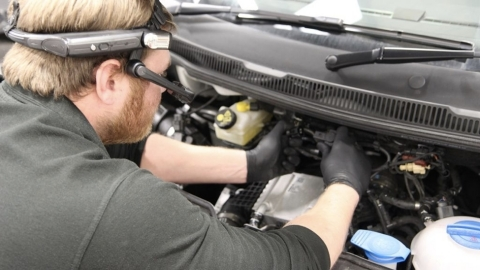Volkswagen Commercial Vehicles is piloting using RealWear HMT-1 to assist technicians with live advice from technical support experts back at HQ, with the aim of reducing diagnostic times (Photo: Business Wire)