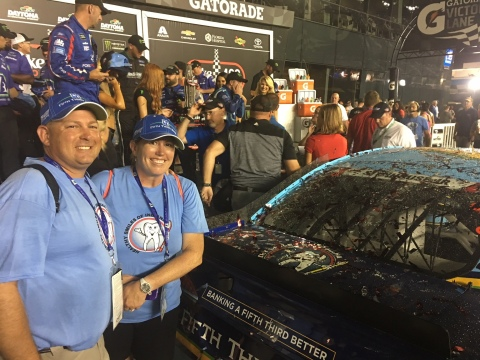 Chad Matchett and his wife Lynn Matchett of Healthy Smiles won Fifth Third's What Drives You Contest in 2017. (Photo: Business Wire)