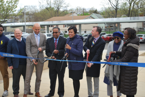 At a solar project ribbon cutting ceremony, WGL Energy joined DC Mayor Muriel Bowser and project par ...