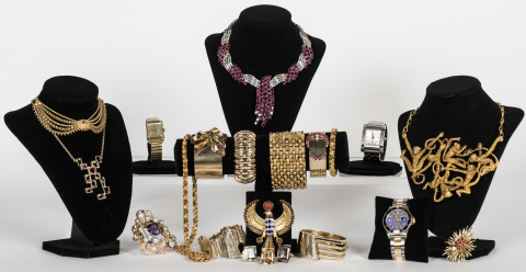 A stunning array of designer jewelry, fashion and accessories will be featured at Abell Auction Company's luxury goods sale on April 24. (Photo: Business Wire)