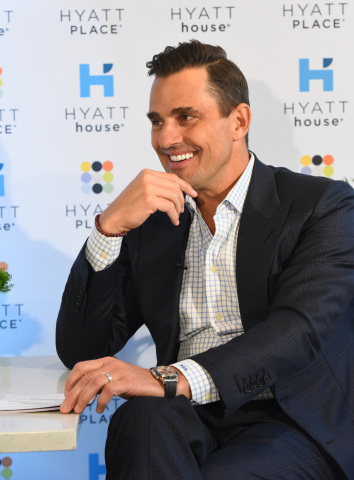 The Hyatt Place and Hyatt House brands teamed up with Bill Rancic to celebrate the #WhySettle Spirit Award winners and unveil the brands' Business Travel Survey findings at Hyatt House New York/Chelsea on Thursday, April 19 (Photo: Business Wire)
