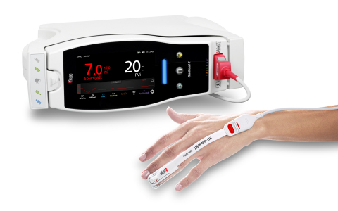 Masimo Radical-7® with SpHb® and RD rainbow SET™ Sensor (Photo: Business Wire)