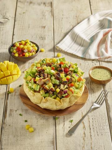 QDOBA's Chicken Mango Salad (Photo: Business Wire)