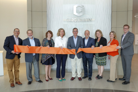 Ribbon-cutting ceremony at Goodwin's new 601 Marshall Street office in downtown Redwood City. Left to Right: Goodwin's Chief Operating Officer Michael Caplan, Chair of the Business Law Department Mark Macenka, Redwood City Council Member Janet Borgens, Goodwin's Silicon Valley Office Chair Lynda Galligan, Chairman David Hashmall, Partner and Real Estate Counsel Alexander Randall, Chief Administrative Officer Michelle Duerr-Condia, Redwood City Council Member Shelly Masur, Goodwin's Chair of the Litigation Department Jeffrey Simes (Photo: Business Wire)