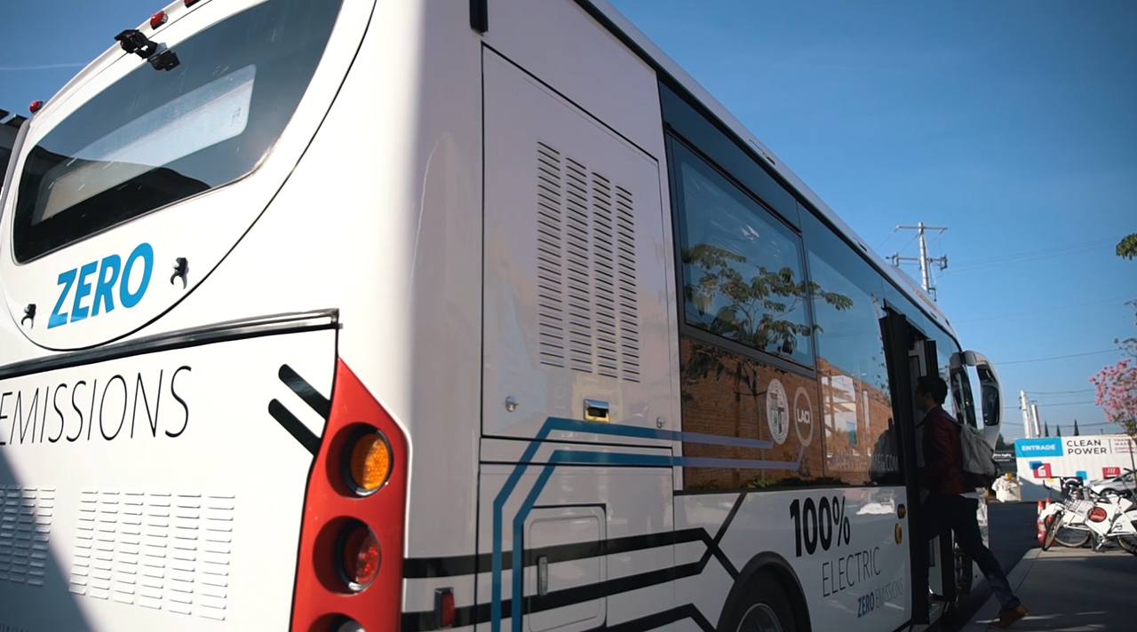 AVM's All-Electric Shuttle Charges Fully in Less than Ten Minutes