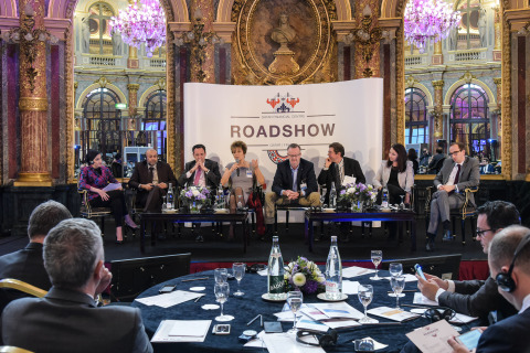 QFC Paris Roadshow - Doing Business in Qatar panel discussion (Photo: AETOSWire)