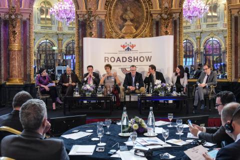 QFC Paris Roadshow - Doing Business in Qatar panel discussion (Photo: AETOSWire)