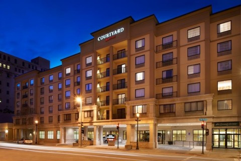 Courtyard by Marriott Milwaukee Downtown (Photo: Business Wire)