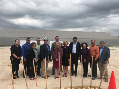 Dr. Stephan Glander, CEO BYK, Alison Avery, president BYK USA NAFTA and Bob Frawley, director of Stork's Gulf Coast Operations with BYK's executive team at the ground breaking ceremony for the GARAMITE Project at Gonzales, Texas. (Photo: Business Wire)
