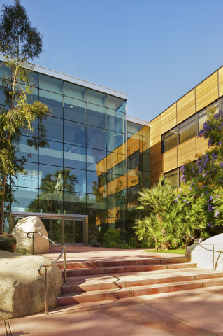 Esri announces its inclusion in Forbes magazine's 2018 America's Best Midsize Employers list. (Photo: Business Wire)