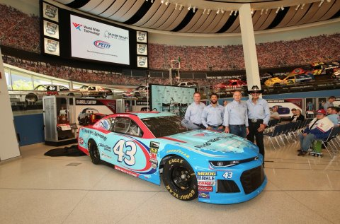 "World Wide Technology joins with Richard Petty Motorsports to unveil their new car and partnership at the NASCAR Hall of Fame. L-R: Brian Moffitt, CEO, RPM; Darrell ""Bubba"" Wallace Jr., RPM; Matt Horner, SVP of global enterprise sales, WWT; Richard ""The King"" Petty. (Photo: Business Wire)"