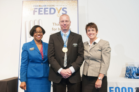 """Food Lion Store 424 from Banner Elk, N.C. wins The """"Store That Roars"""" Award at Food Lion Feeds' third annual """"The Feedy's"""" awards. The """"Store That Roars"""" award honors a store that demonstrates outstanding skills in coordinating and motivating store associates, customers and volunteers for hunger-relief projects to benefit Food Lion Feeds and its partner food banks. (Photo: Business Wire)"""