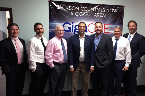 Pictured (l to r): Patrick Large, Deputy Chief of Staff for Representative Steven Palazzo (R-Mississippi); Charles McDonald, Cable ONE Sr. Vice President of Operations; Jim Duck, Cable ONE General Manager; FCC Chairman Ajit Pai; Charlie Oakes, Cable ONE General Manager; Greg Capranica, Cable ONE General Manager; and Scott DeLano, Chairman of Technology, Mississippi House of Representatives.