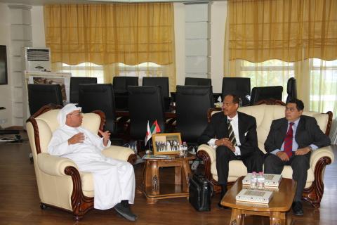 AURAK President, Prof. Hassan Hamdan Al Alkim, and AAAS Special Advisor, Albert B. Jones, discussing the future for the American University of Ras Al Khaimah. (Photo: AETOSWire)
