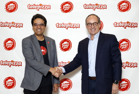 Milind Pant, President, Pizza Hut International, and Pablo Juantegui, Executive Chairman and Chief Executive Officer, Telepizza Group, today announced a strategic deal and master franchise alliance between the companies to accelerate growth across Latin America (excluding Brazil), the Caribbean, Spain, Portugal and Switzerland. (Photo: Business Wire)