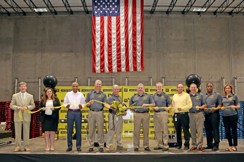 Dollar General celebrates the official grand opening of its 15th distribution center in Jackson, Georgia. (Photo: Business Wire)