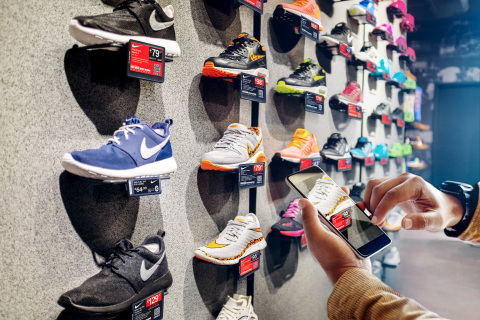 According to a new report from Displaydata and Planet Retail RNG, over two thirds of shoppers want t ...