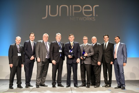 Source Photonics Executives receives Supplier of the Year and Components Vendor of the Year Awards from Juniper's Leadership Team during their Supplier Summit on May 3, 2018, in Sunnyvale, CA. (Photo: Business Wire)