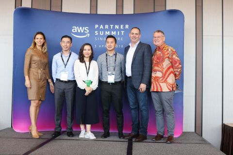 FPT Software's new premier status was announced at AWS Partner Summit 2018 (Photo: Business Wire)