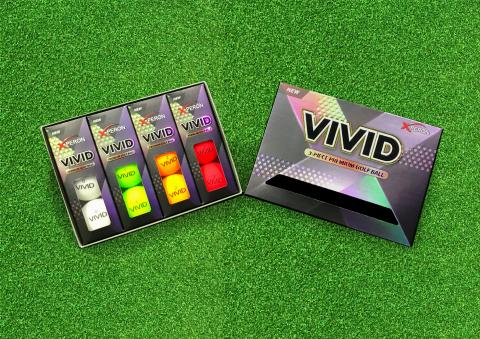 韓国ゴルフボール製作専門会社Xperon Golfがつや消しカラーゴルフボールXperon Vividの発売を発表した。 Xperon Vividは3ピース構造で、ホワイト、オレンジ、レッド、イエローグリーン、ミックスの5種類のカラーである。(写真:ビジネスワイヤ)