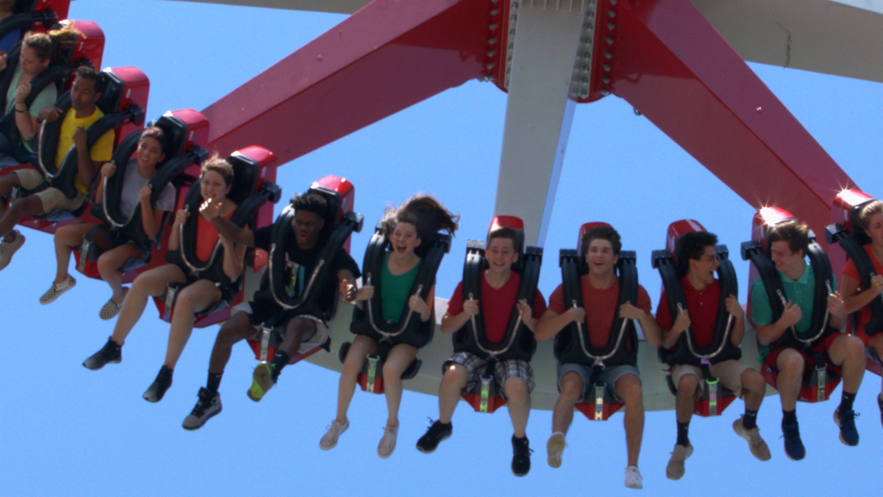 DC Super-Villain HARLEY QUINN Spinsanity Now Open at Six Flags New England