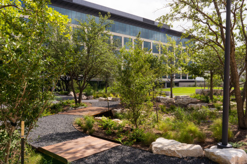 Charles Schwab's new Gracy Farms campus (Photo: Business Wire)