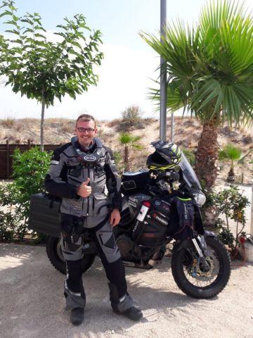 Wheels 4 Health ist das Herzensprojekt des Initiators und leidenschaftlichen Bikers Nico Stockmayer (Photo: Business Wire)