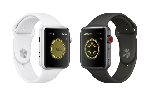 watchOS 5 helps users stay healthy and connected with Apple Watch. (Photo: Business Wire)
