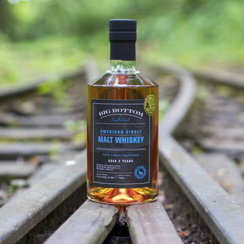 Award winning 2-year-old American single malt whiskey goes into limited release today from Eastside's Big Bottom Distilling, Ltd. (Photo: Business Wire)