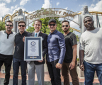 (L-r) JON HAMM, ED HELMS, PHILIP ROBERTSON from Guinness World Records, JEREMY RENNER, JAKE JOHNSON and HANNIBAL BURESS at Six Flags Over Texas after successfully breaking the Guinness World Records title for the largest game of freeze tag. (Photo: Kim Leeson)