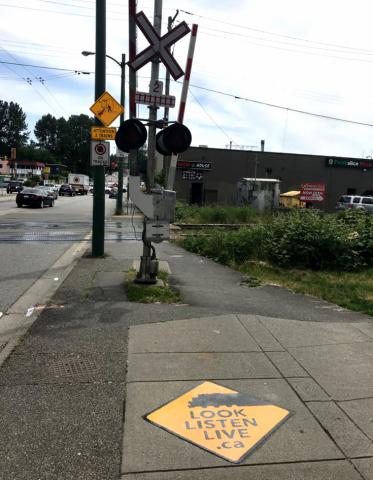 Vancouver est la première municipalité canadienne à participer à un programme national de sensibilisation à la sécurité aux passages à niveau (Photo: Business Wire)