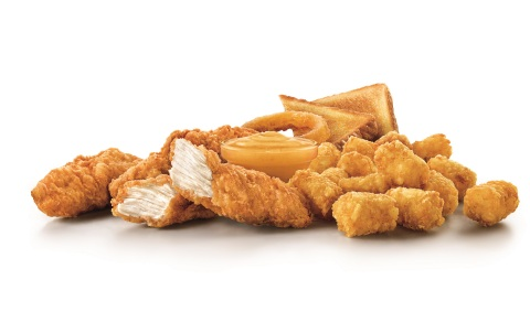 SONIC's new Crispy Tender Dinner with new Signature Sauce, three Crispy Tenders, Crispy Golden Tots, handmade onion ring and Texas Toast. (Photo: Business Wire)
