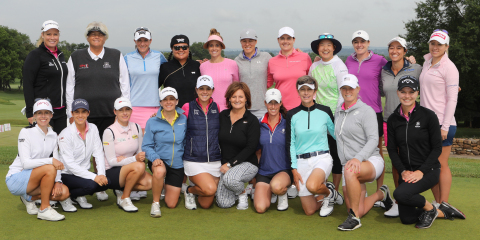 Val Skinner and 20 LPGA Professionals gathered today for the 19th annual LIFE Event to raise another $500,000 for breast cancer research and education. (Photo: Business Wire)