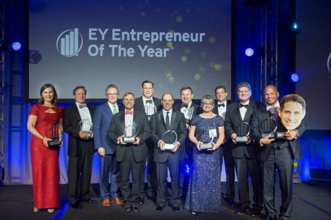EY announced 13 winners of the Entrepreneur Of The Year® Award in the Heartland. (Photo: Business Wire)