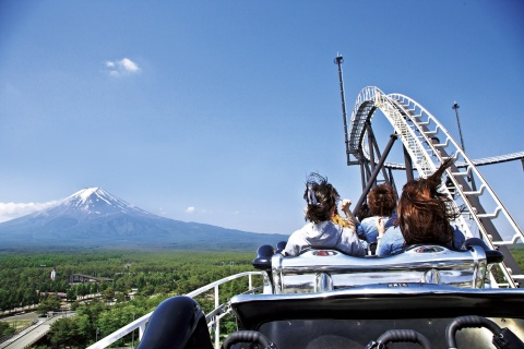 Free Admission to Fujikyu Highland from July 14th (Photo: Business Wire)