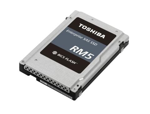 東芝メモリ株式会社:「Value SAS SSD」の「RM5シリーズ」(写真:ビジネスワイヤ)