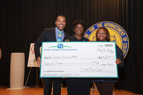 Donnell R. White, executive director, Detroit branch, NAACP; Byna Elliott, chief community and economic development officer, Fifth Third Bank; and Kamilia Landrum, membership services director, Detroit branch, NAACP (Photo: Business Wire)
