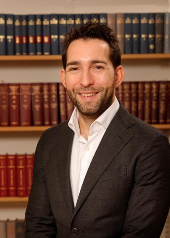 Acclaimed Legal Scholar Dr. Diego Acosta is appointed to Henley & Partners Board of Advisors (Photo: Henley & Partners)