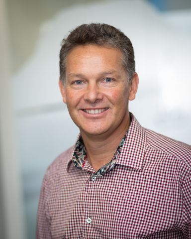 Simon Oldham, president at QJumpers (Photo: Business Wire)