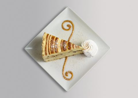 Cinnabon® Cinnamon Swirl Cheesecake (Photo: Business Wire)