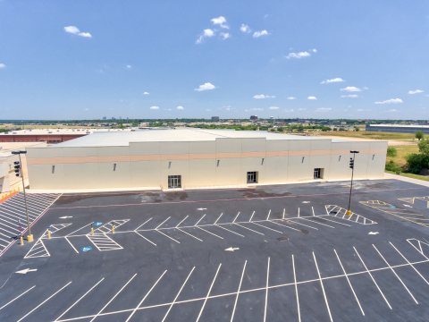 Fort Worth-Based Corinth Land Co. and Dallas-based Prattco Creekway Industrial (PCI) recently closed on their acquisition of this 100,000 SF industrial building built in 2017 on approximately 5.7 acres at 1403 S. Cherry Lane. It's located in White Settlement, Texas, a dynamic submarket of Fort Worth and home to the Naval Air Station and Joint Reserve Base Fort Worth. (Photo: Business Wire)