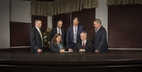 Jonyce Bullock, Managing Partner at Squire, and James Beaudoin, Managing Partner at PRPR, signed an agreement to combine companies. Adam Posey, Partner at PRPR, Daniel Barlow, Partner at PRPR, Raymond Chipman, Partner at Squire, and Shane Edwards, Partner at Squire, also participated (pictured left to right). (Photo: Business Wire)