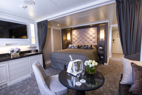 The Concierge Suites are among 375 beautifully appointed suites on Seven Seas Splendor. (Photo: Business Wire)