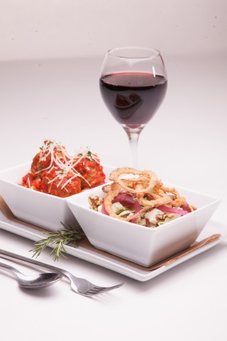 Macaroni Grill's new lunch menu provides guests with the ability to customize their lunch through its mix and match offering. (Photo: Business Wire)