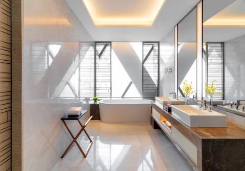 Bathroom in Regency Suite. (Photo: Business Wire)