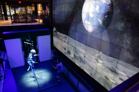 """A Moon For All Mankind"" 4D virtual reality experience at Samsung 837, powered by Gear VR and Galaxy S9+ (Photo: Business Wire)"